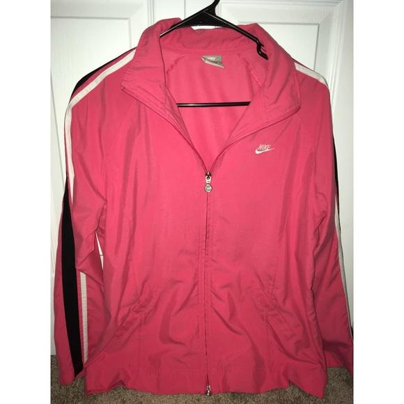 ea1ad57e67b4 Nike EUC Women s Pink Windbreaker Jacket Size L. M 5a68c27484b5ce0be645e011